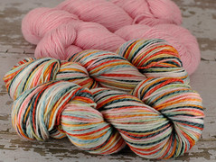 """Munki Sushi"" 8.75oz Licorice Twist Merino + 8.5oz trim"