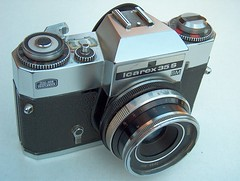 Zeiss Ikon Voigtländer, Icarex 35S BM (1968), 35mm film SLR camera + Color-Pantar 2,8 / 50mm lens.