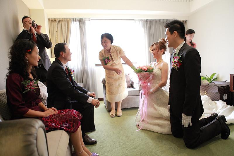 俊育、繐旻結婚記錄