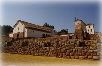 muros-incaicos-en-chinchero-cusco-peru