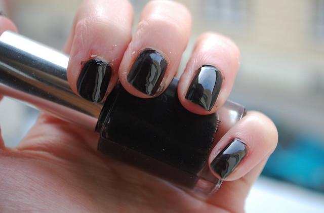 NYX Black