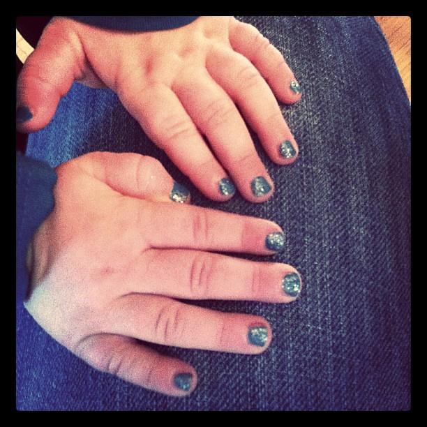 Peyton's manicure by @madebymarcie