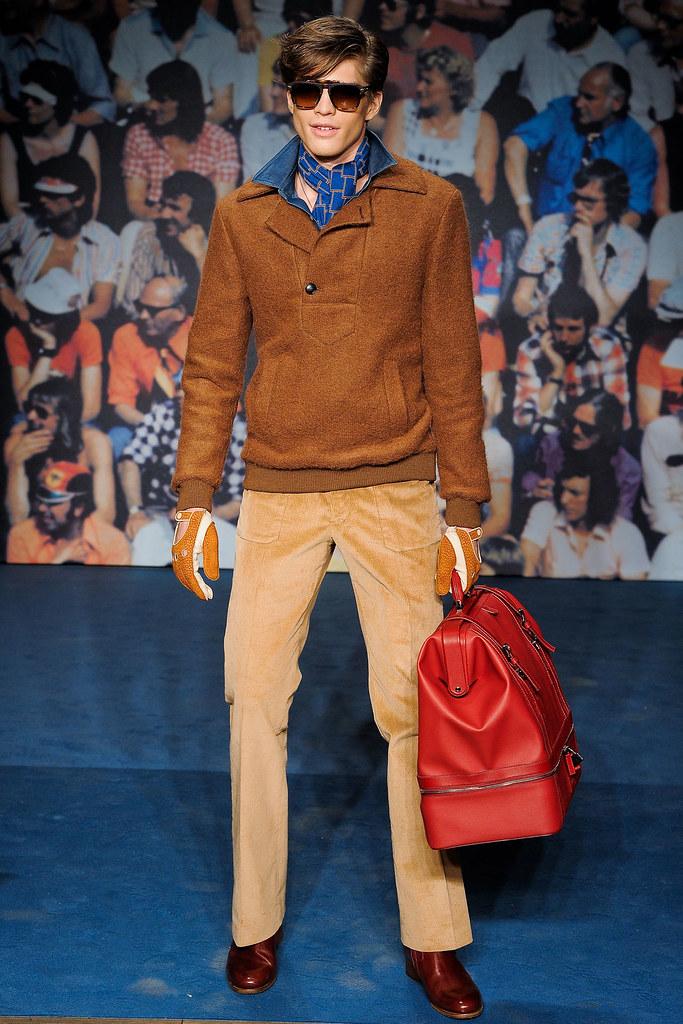 Jonatan Frenk3073_FW12 Milan Trussardi(VOGUE)