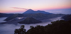 Bromo (Indonesia) - Volcanoes in the sunset 2 2001