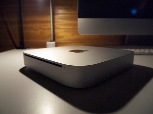 Mac mini 2.4GHz Intel Core 2 Duo