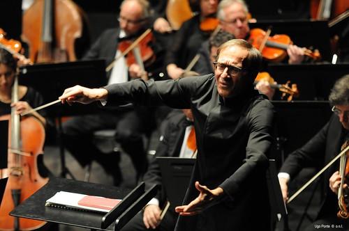 Bellini d'oro, premio 2012 al direttore d'orchestra Evelino Pidò$