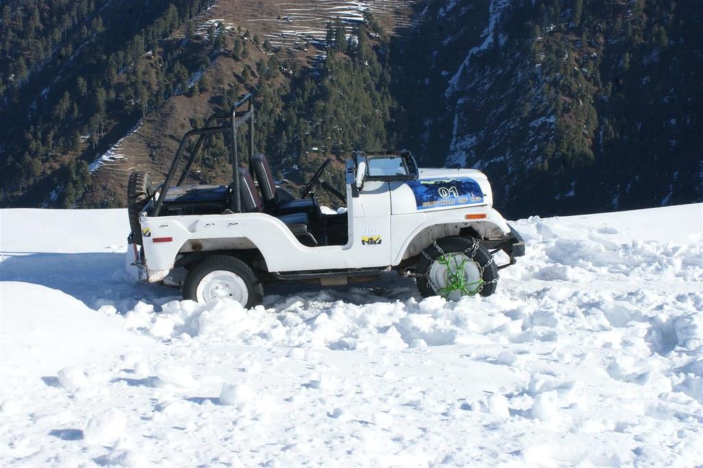 Muzaffarabad Jeep Club Snow Cross 2012 - 6816334697 05a7b4a23f b