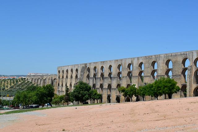 El acueducto de Amoreira en Elvas