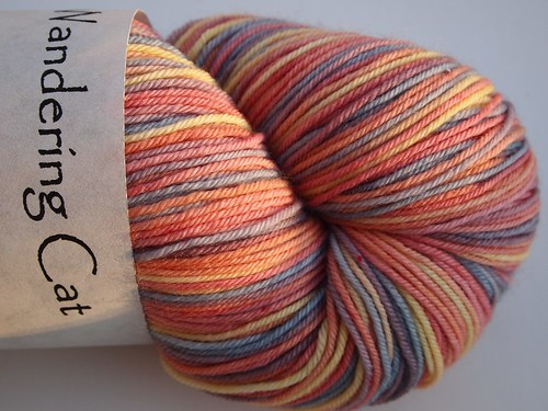 WCY-Alley Cat-October Sky-sw Merino-nylon-460yds