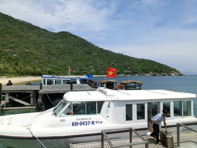 Boat transfer to Six Senses Ninh Van Bay