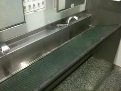 日本科学未来館のトイレの手洗い所