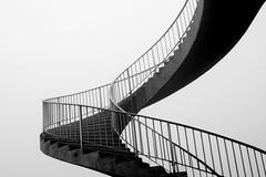 [フリー画像素材] 建築物・町並み, 階段, モノクロ ID:201112160400