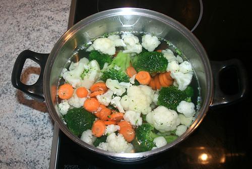13 - Gemüse kochen