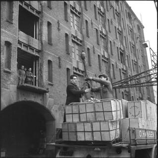 12-24-1964_19922B Pakhuis Zondag