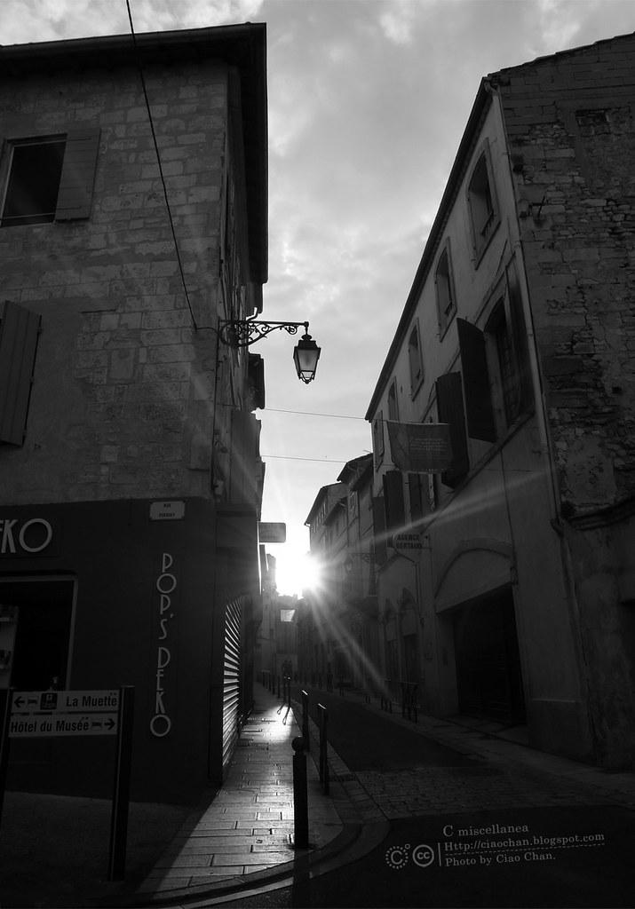 Bonjour Arles~ 亞耳。梵谷藝術中心 + 法國藝術家作品聯展   R1042196