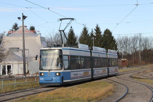 Ausfahrt von Wagen 2149 aus der Ackermannschleife. Ab morgen fährt die Tram 12 wieder zum Scheidplatz.