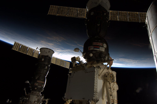 Just beautiful everytime. Every 90 minutes the colourful dynamic effects of sunset on the ISS