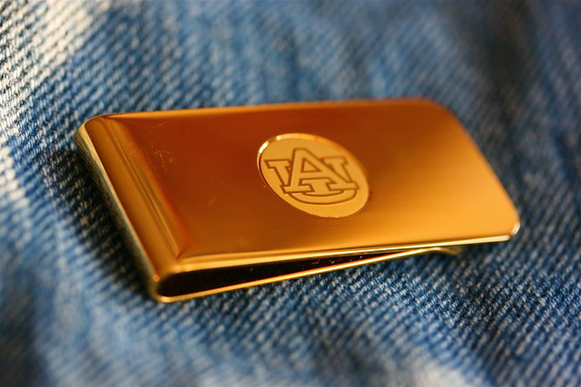 An {Empty} Money Clip