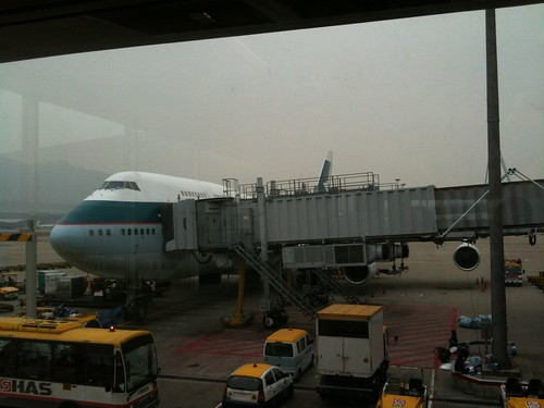 Cathay Pacific B744 at HKG Gate 3