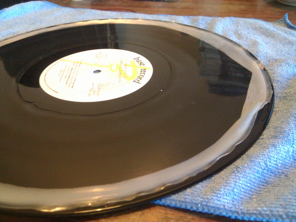 A Guide To Record Wood Glue Cleaning Vinyl
