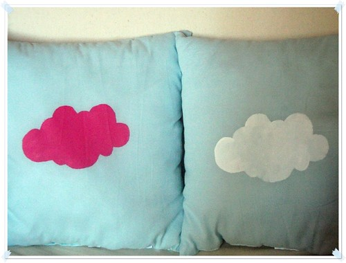 diy coussin nuage. Black Bedroom Furniture Sets. Home Design Ideas