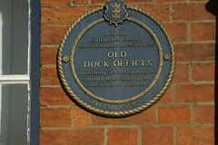 Photo of Old Dock Offices blue plaque