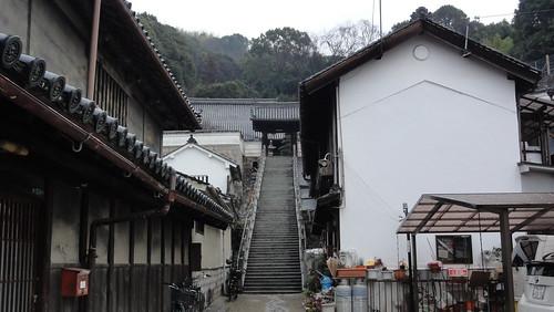 西方寺への入口