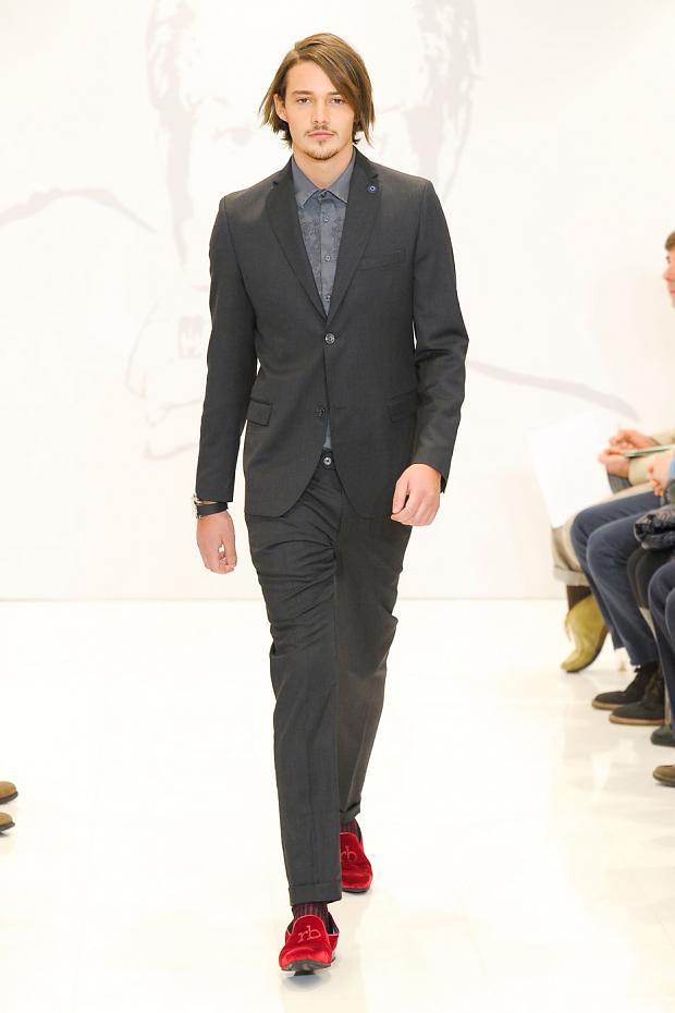 Rob Moore3366_FW12 Milan Roccobarocco(fashionising.com)