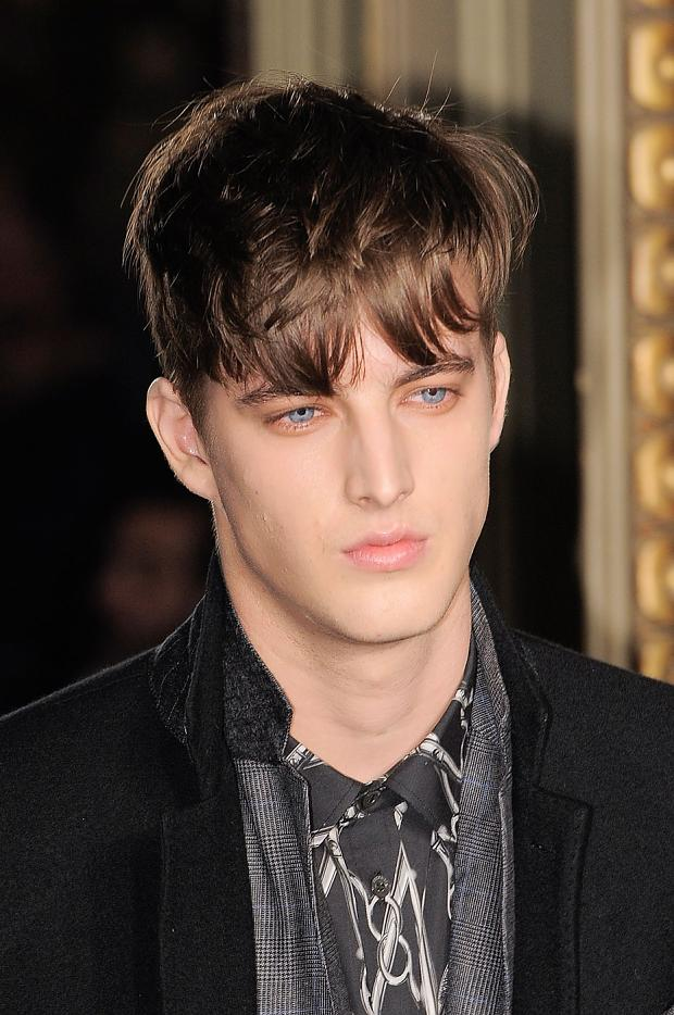 James Smith3566_FW12 Milan Moschino(fashionising.com)