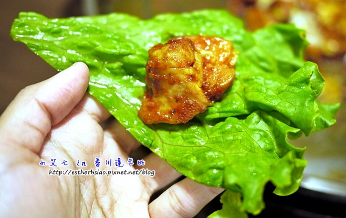 17 雞肉包生菜吃