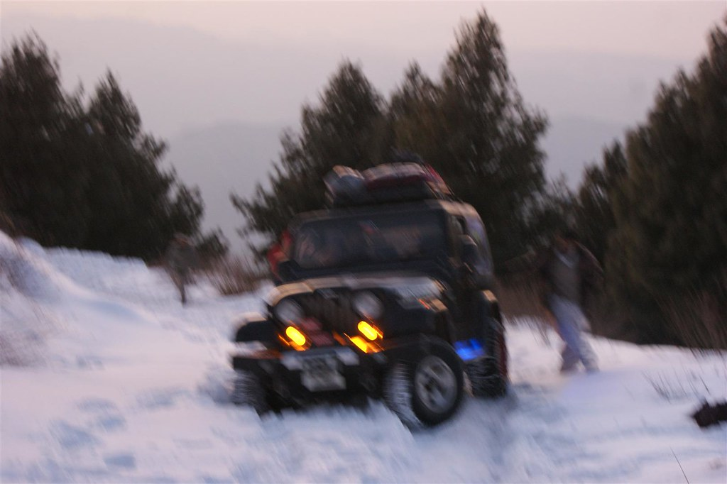 Muzaffarabad Jeep Club Snow Cross 2012 - 6812849037 a2aa1a1a39 b