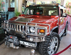 military vehicle(0.0), hummer h1(0.0), hummer h3t(0.0), automobile(1.0), automotive exterior(1.0), sport utility vehicle(1.0), vehicle(1.0), hummer h3(1.0), compact sport utility vehicle(1.0), off-roading(1.0), hummer h2(1.0), off-road vehicle(1.0), bumper(1.0), land vehicle(1.0), luxury vehicle(1.0), motor vehicle(1.0),