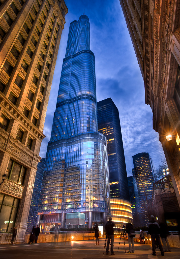 Photo Walk Blue Hour at the Trump Tower