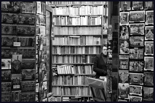 boekenwinkel barcelona by hans van egdom