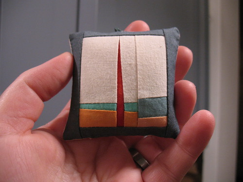 Mini quilts by Erin Wilson, Christmas ornament