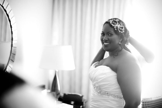 Tayesha wearing her Gatsby inspired headpiece and earrings from Bridal Styles Boutique