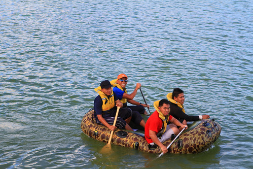 Rubber Boat Category by wanhashim