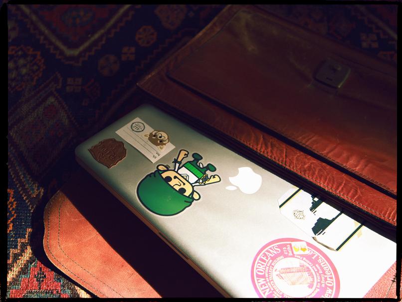 15 dollar briefcase 3