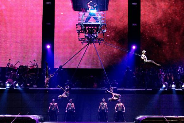 Cirque du Soleil Immortal Live Shot_1