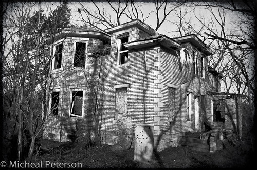 Oak View Park Abandoned Home