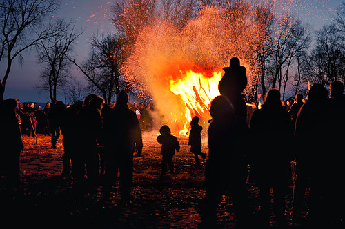 2011 Winter Solstice Bonfire in Olbrich Park