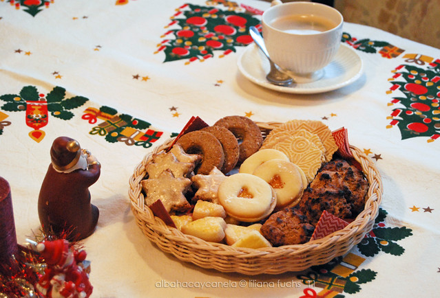 Swiss christmas cookies