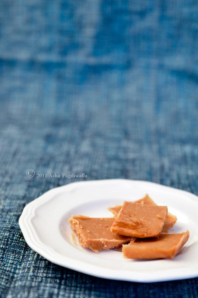Saffron Caramel candy barks 1