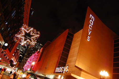 Macy's + holiday decorations
