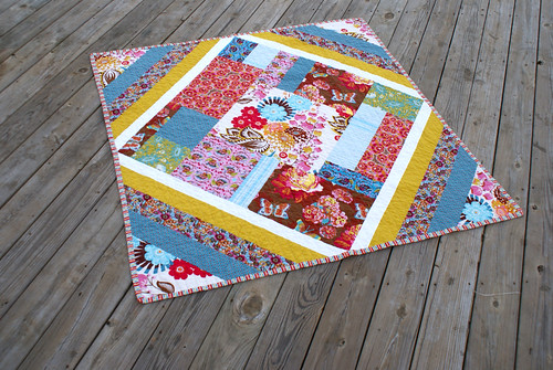 Loulouthi Diamond Quilt Top