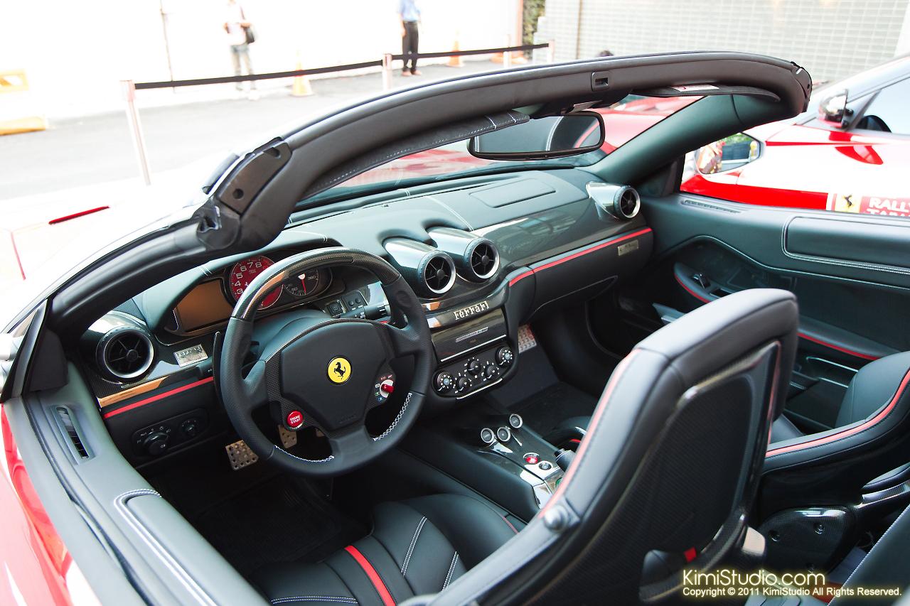 2011.10.28 Ferrari-037