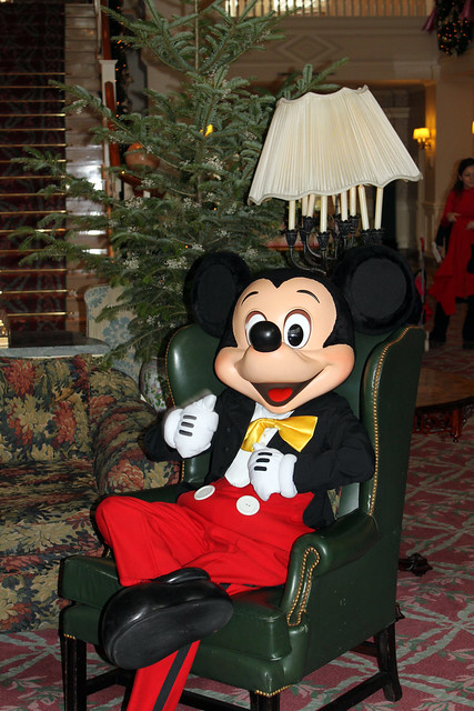 Mickey Mouse takes it easy