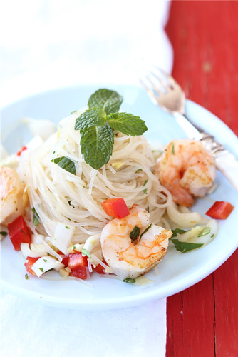 Rice-Noodle-Salad-with-Endive-Shrimp-&-Soy-Ginger-Dressing-Recipe-Cookin-Canuck