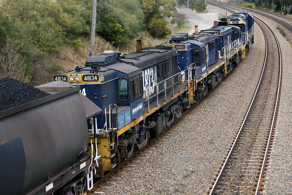 48134 at East Maitland by Trent