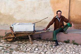 Los hombres y las carretillas, par Franck Vervial